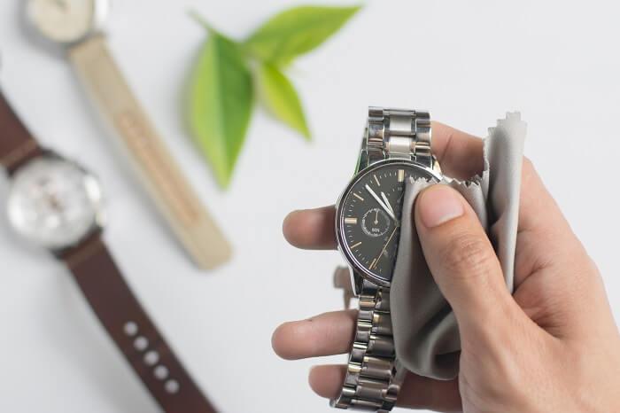 Uhren polieren